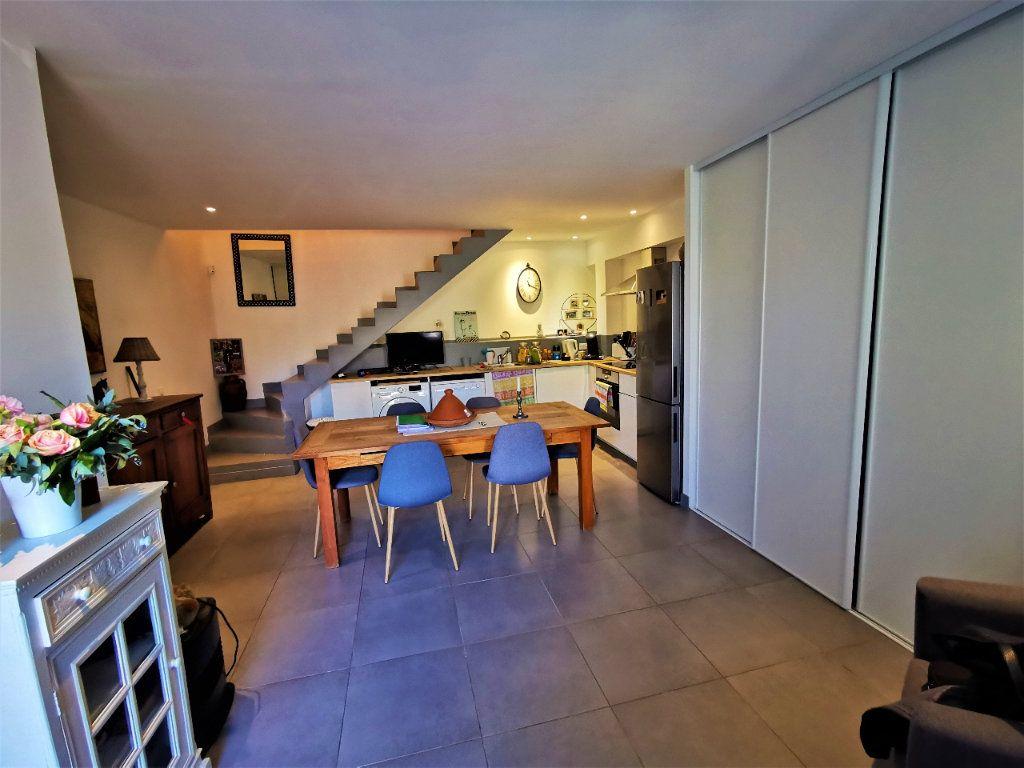 Maison à vendre 3 56.7m2 à Le Puy-Sainte-Réparade vignette-2