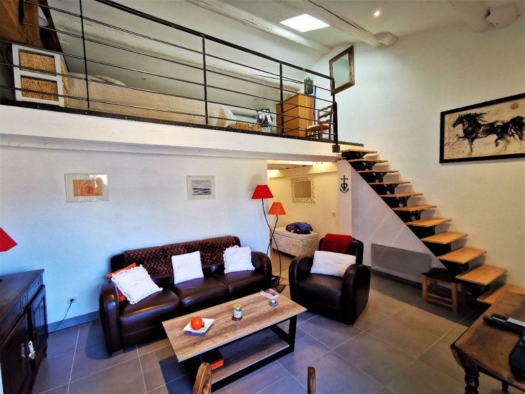 Maison à vendre 3 56.7m2 à Le Puy-Sainte-Réparade vignette-6