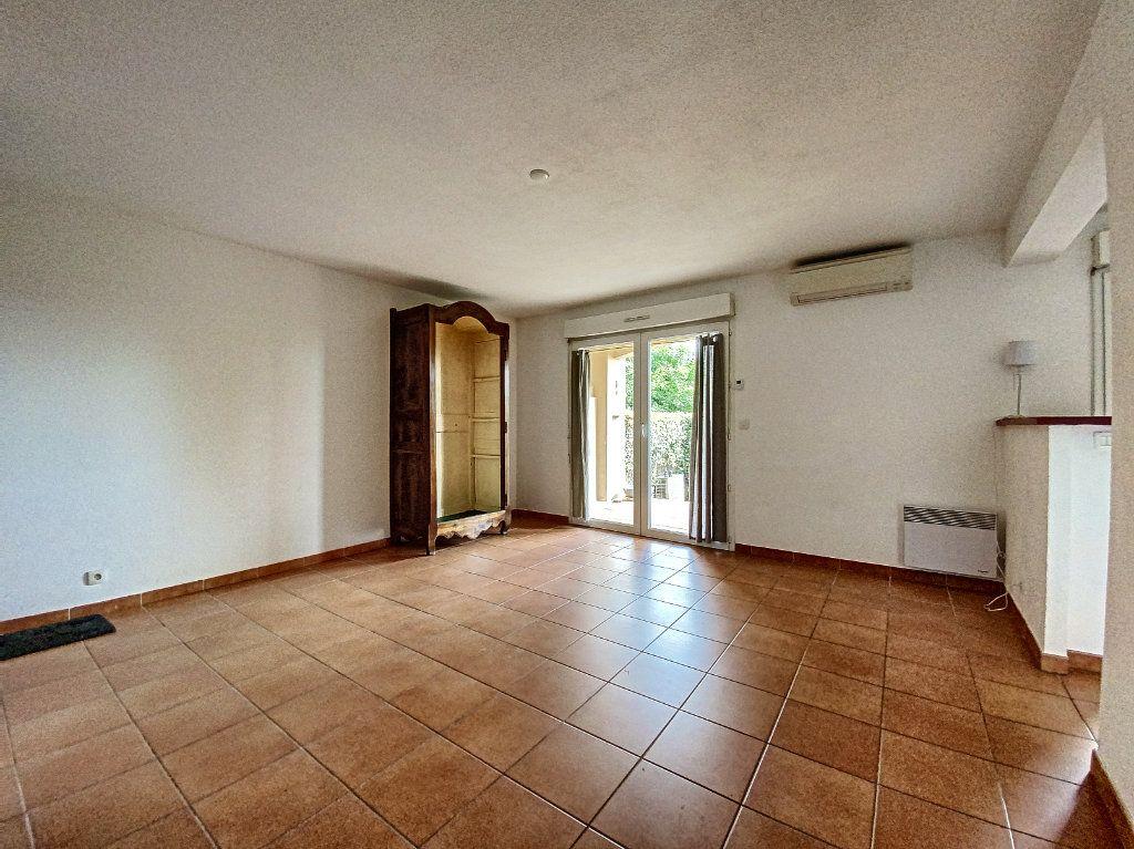 Appartement à vendre 3 58m2 à Venelles vignette-4