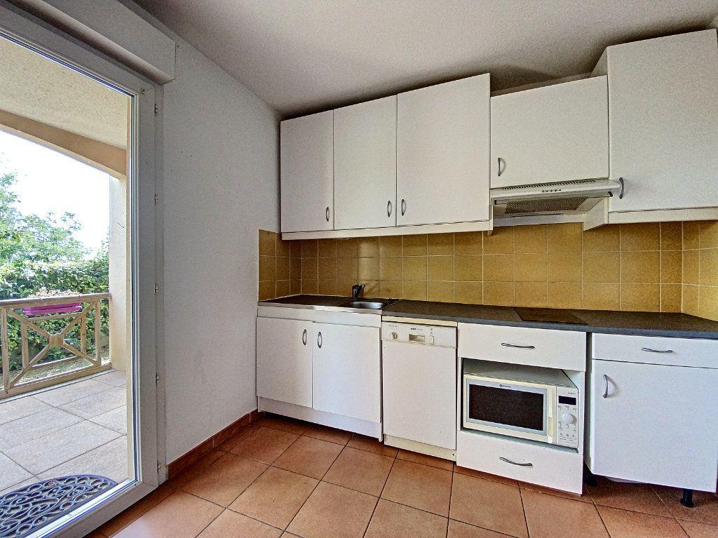 Appartement à vendre 3 58m2 à Venelles vignette-5