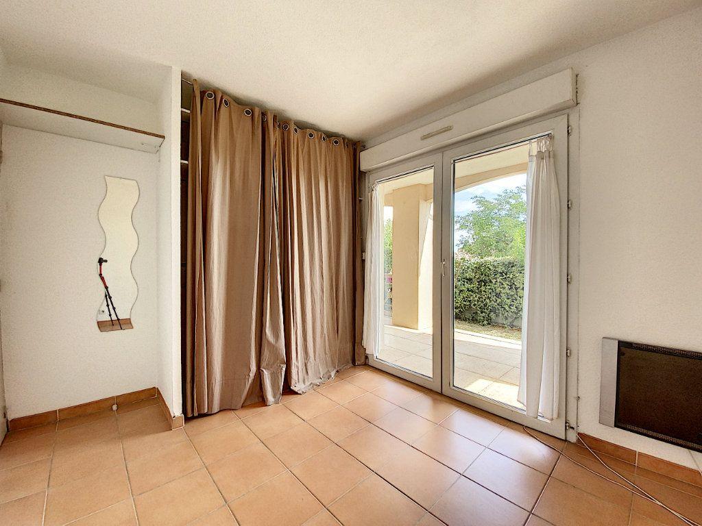 Appartement à vendre 3 58m2 à Venelles vignette-6