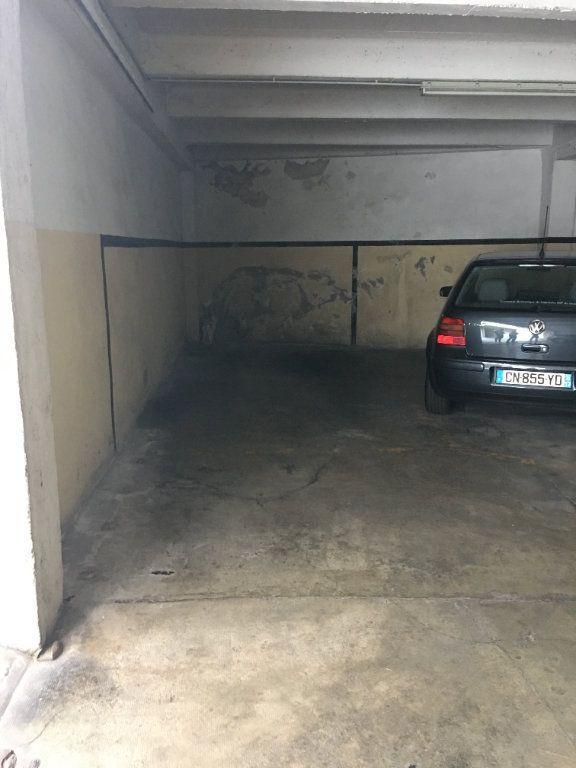 Stationnement à vendre 0 12m2 à Marseille 8 vignette-2