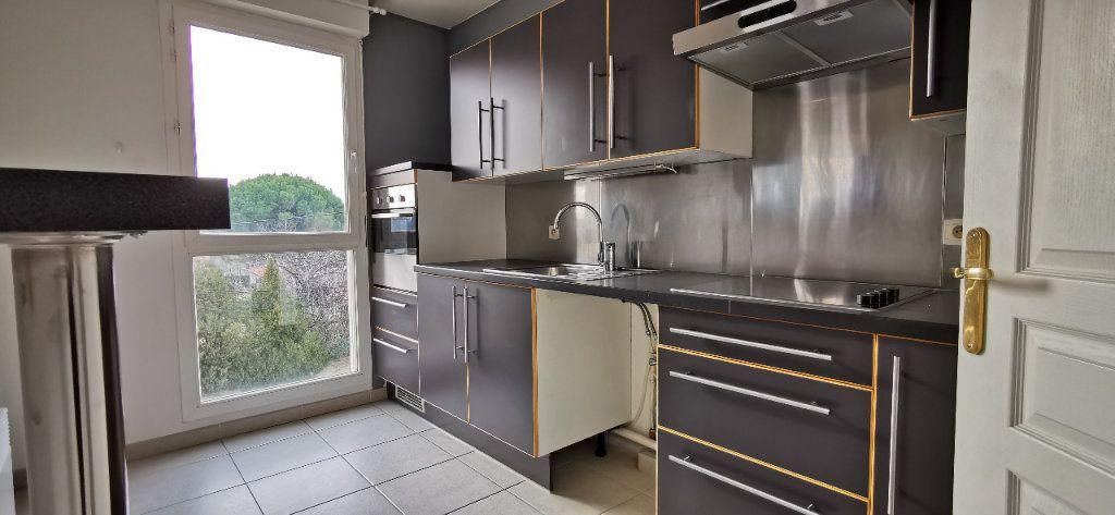 Appartement à vendre 4 84m2 à Pélissanne vignette-4
