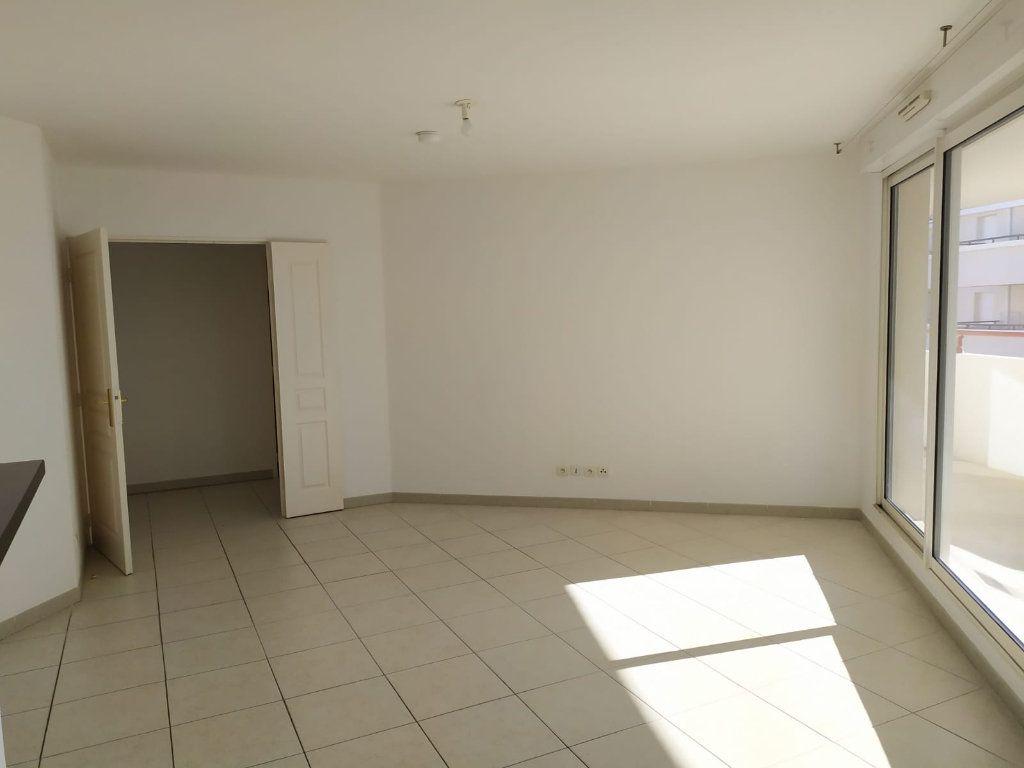 Appartement à vendre 4 84m2 à Pélissanne vignette-5