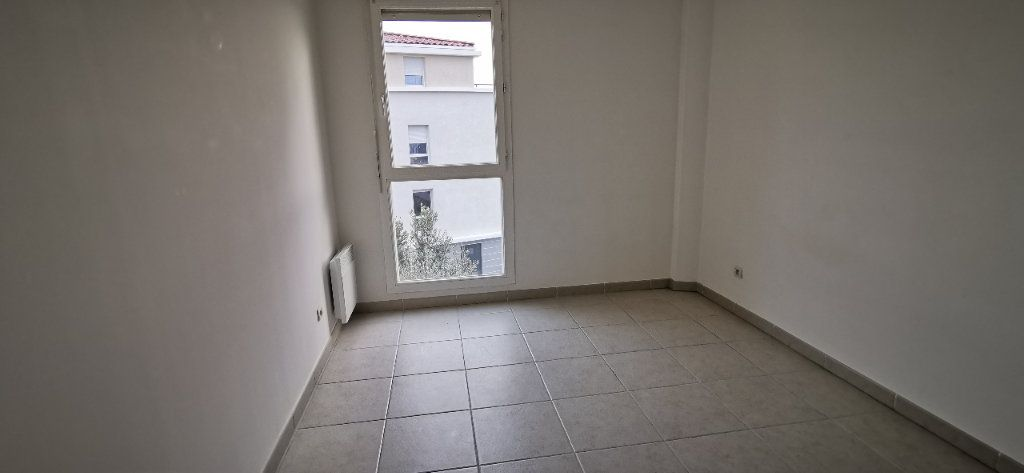 Appartement à vendre 4 84m2 à Pélissanne vignette-8