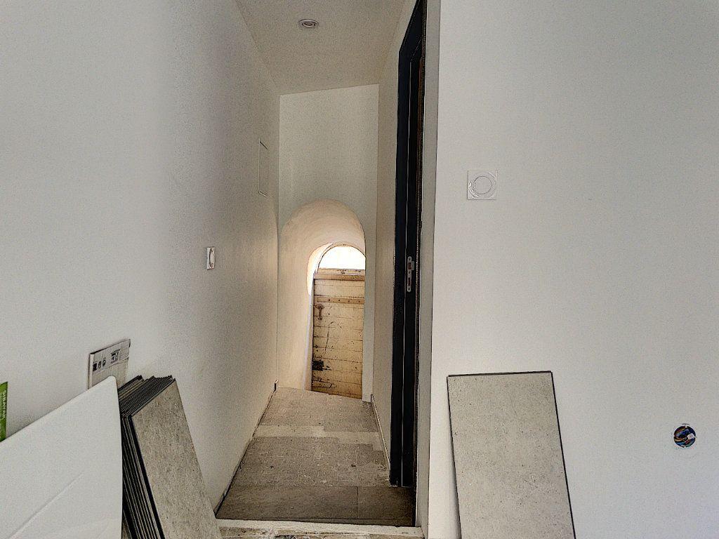 Appartement à vendre 1 19.32m2 à Aix-en-Provence vignette-3
