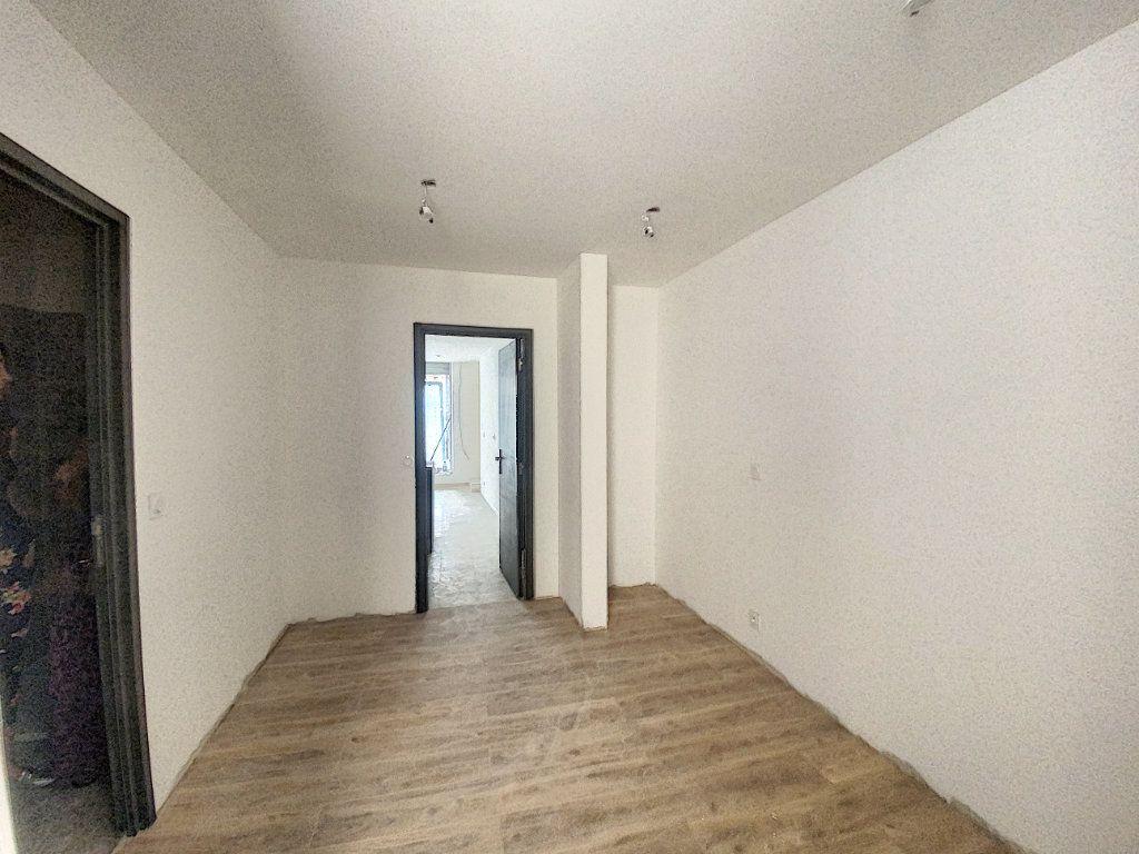 Appartement à vendre 2 34.03m2 à Aix-en-Provence vignette-2