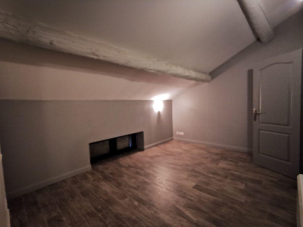 Maison à louer 2 66m2 à Vernègues vignette-2