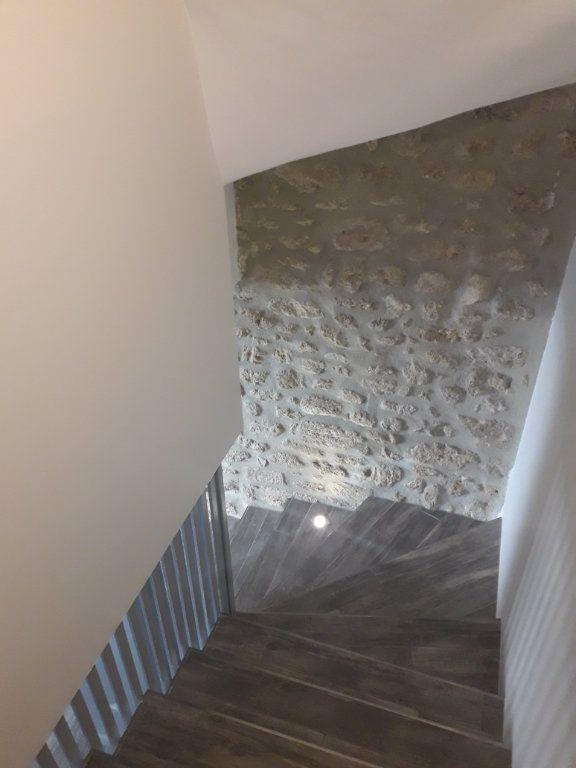 Maison à louer 2 66m2 à Vernègues vignette-5