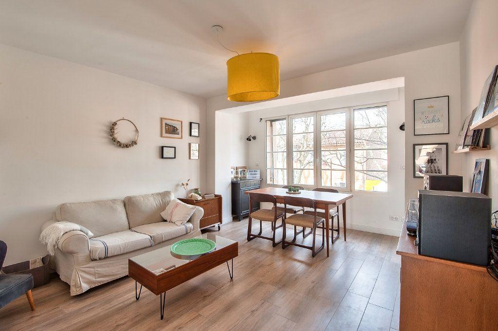 Appartement à vendre 4 83m2 à Aix-en-Provence vignette-1