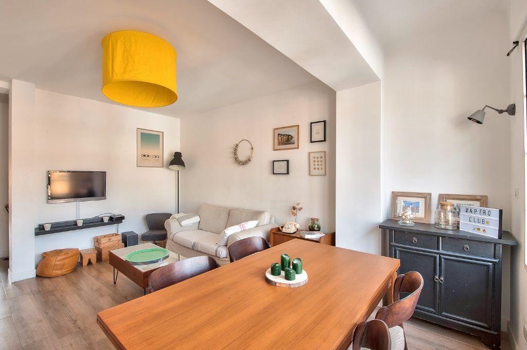 Appartement à vendre 4 83m2 à Aix-en-Provence vignette-3