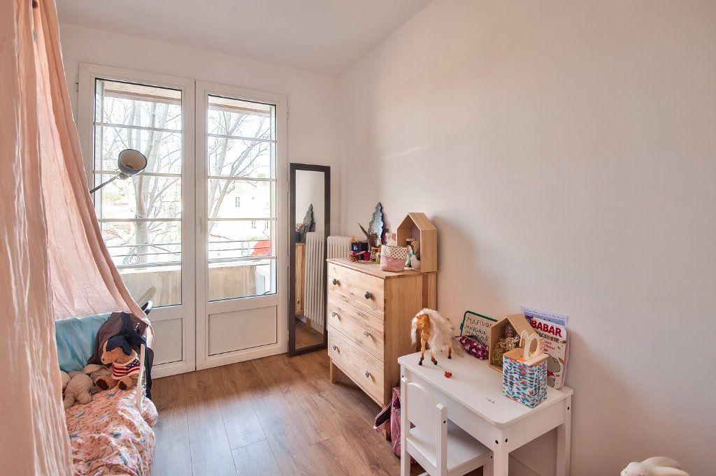 Appartement à vendre 4 83m2 à Aix-en-Provence vignette-5