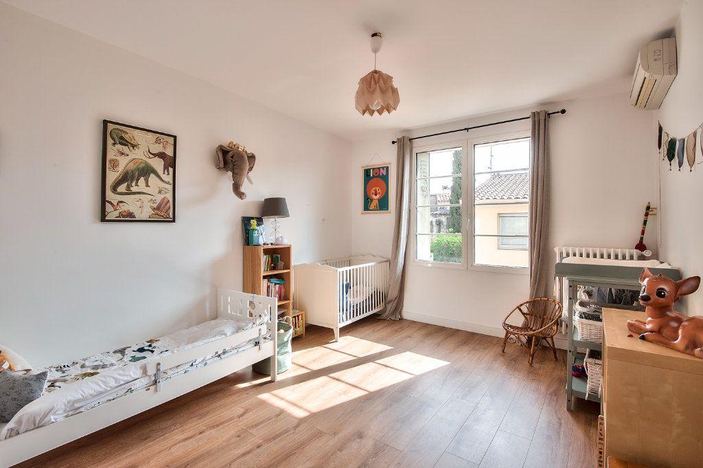 Appartement à vendre 4 83m2 à Aix-en-Provence vignette-6