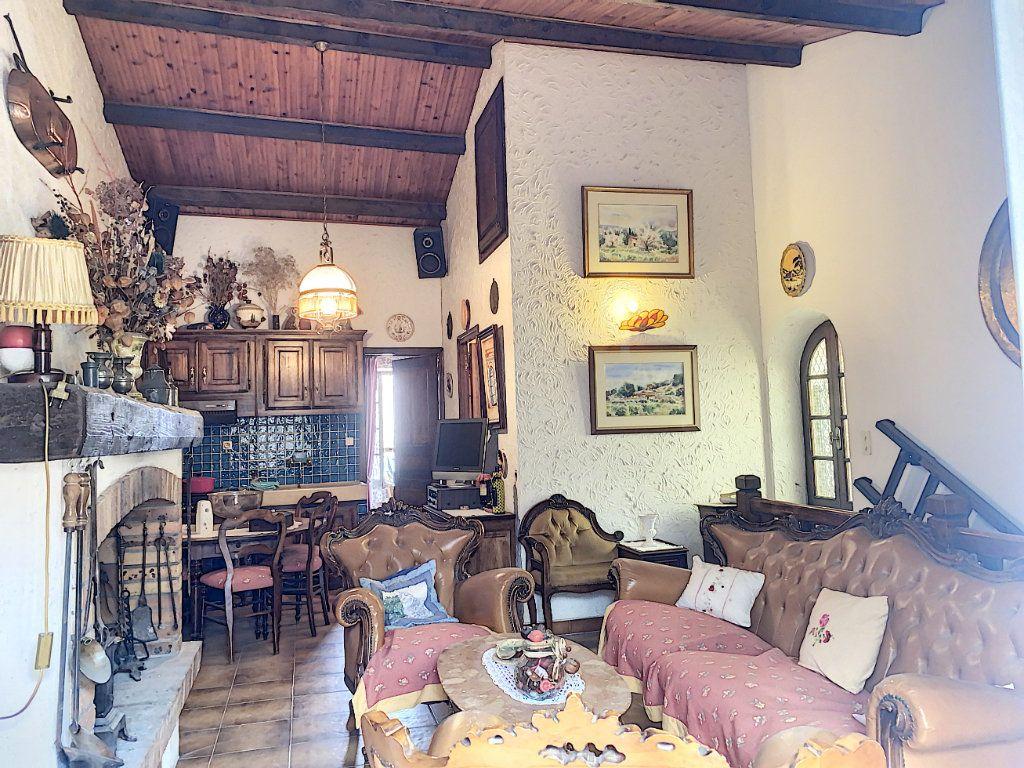 Maison à vendre 7 165m2 à Châteauneuf-les-Martigues vignette-8