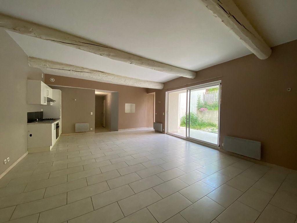Appartement à vendre 4 90m2 à Lambesc vignette-1