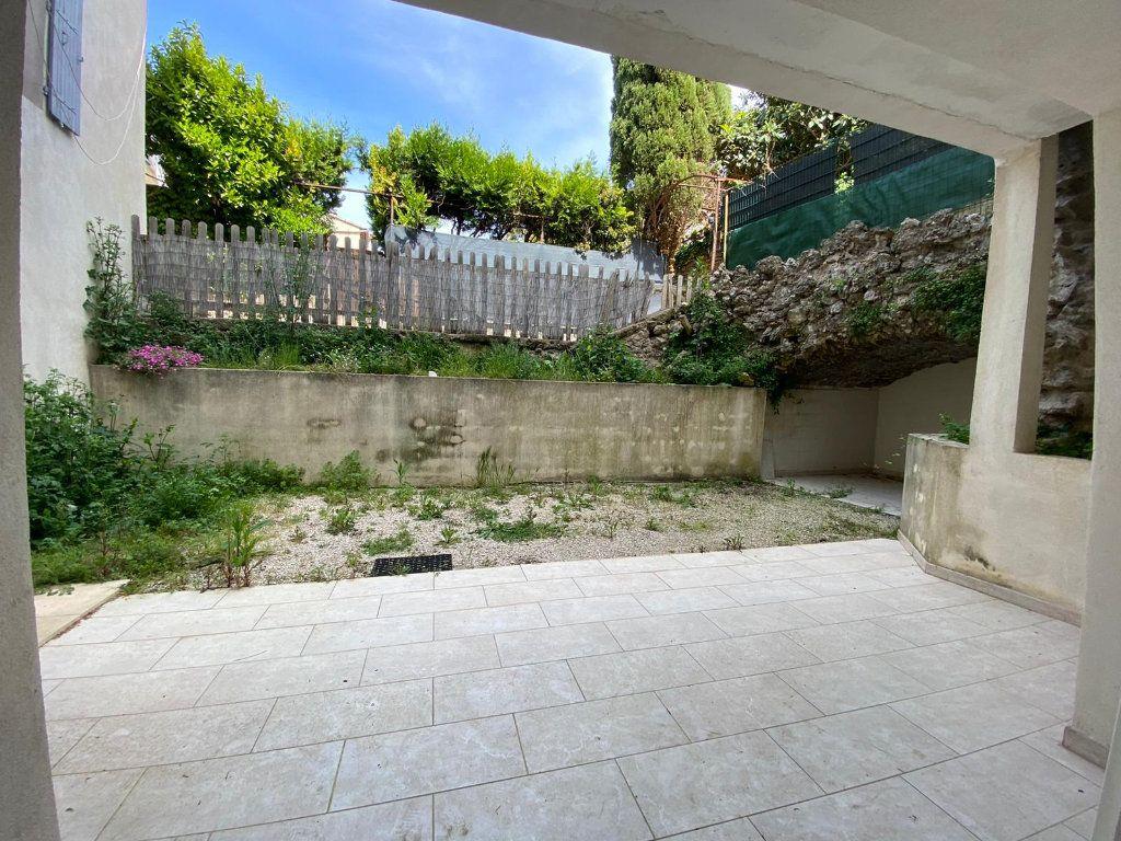 Appartement à vendre 4 90m2 à Lambesc vignette-2