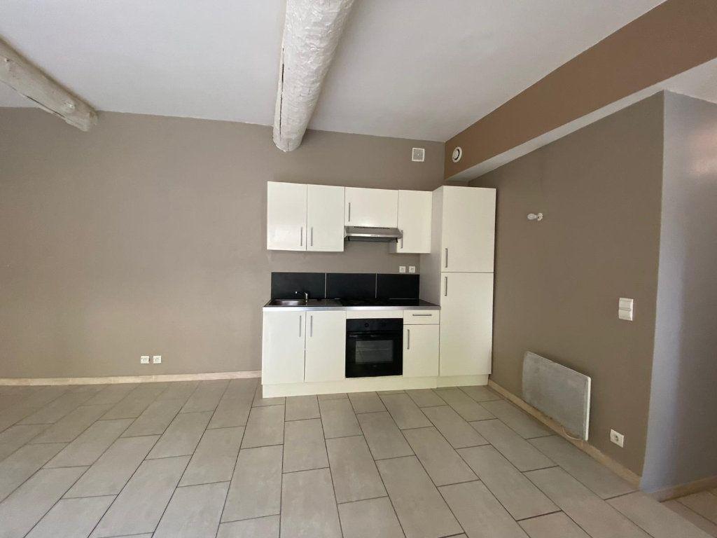 Appartement à vendre 4 90m2 à Lambesc vignette-3