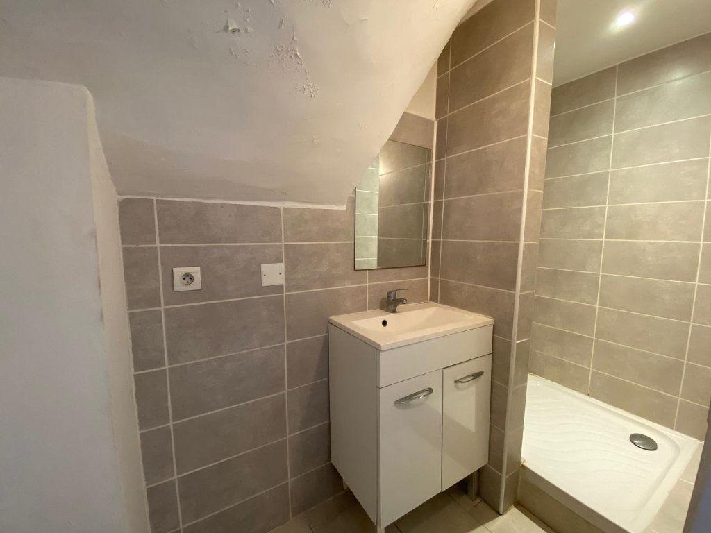 Appartement à vendre 4 90m2 à Lambesc vignette-6