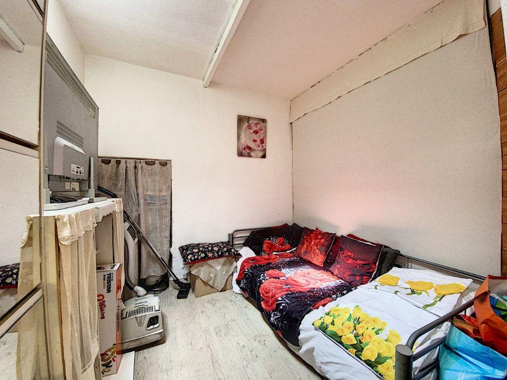 Appartement à vendre 3 44m2 à Venelles vignette-4