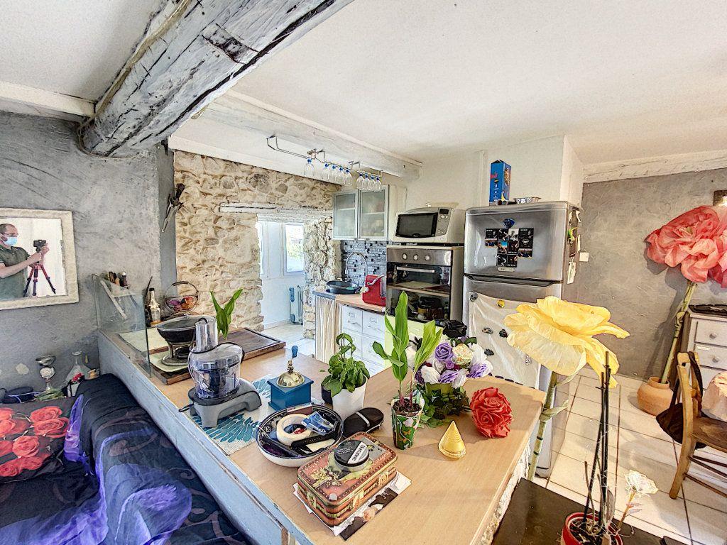 Appartement à vendre 3 44m2 à Venelles vignette-6