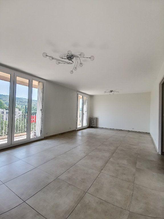 Appartement à louer 3 79m2 à Aix-en-Provence vignette-2