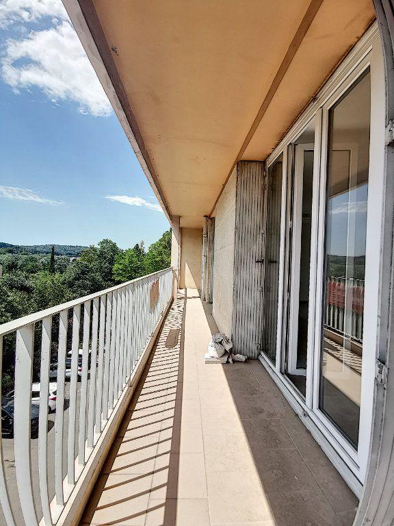 Appartement à louer 3 79m2 à Aix-en-Provence vignette-4