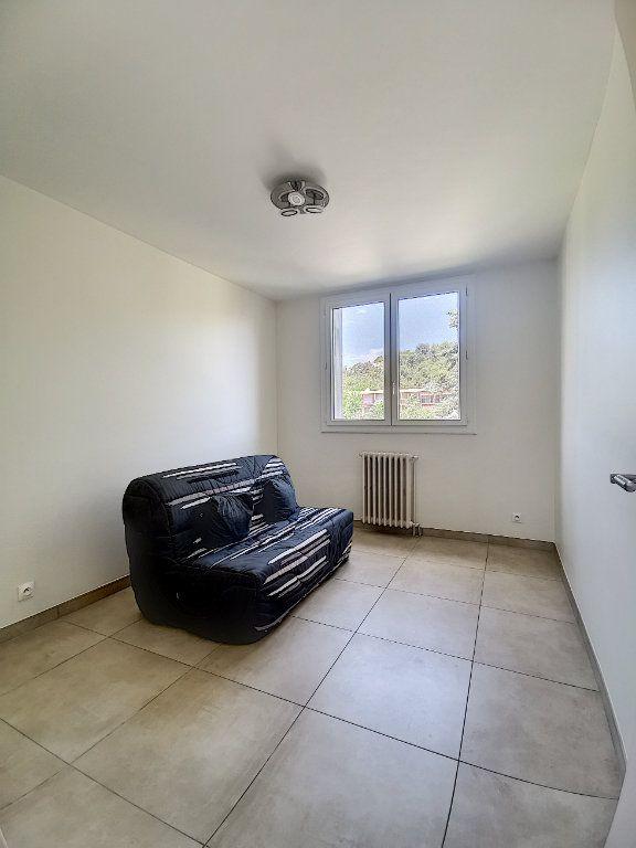 Appartement à louer 3 79m2 à Aix-en-Provence vignette-7
