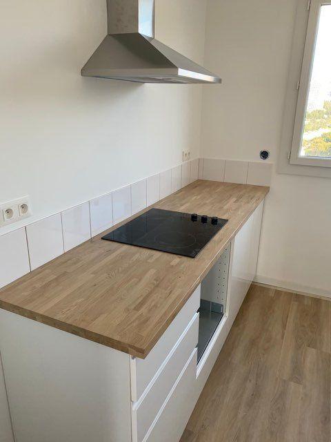 Appartement à louer 3 68.2m2 à Marseille 9 vignette-4