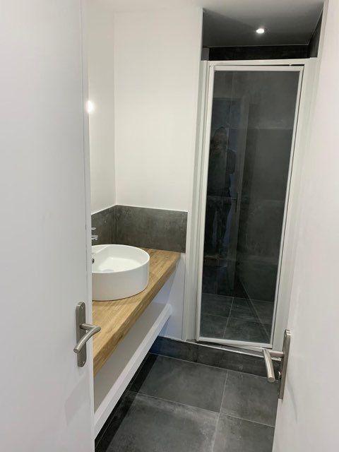 Appartement à louer 3 68.2m2 à Marseille 9 vignette-6