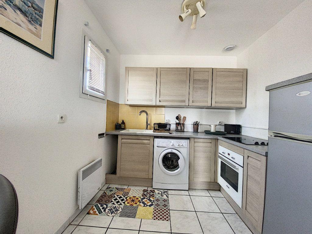 Appartement à louer 3 61m2 à Venelles vignette-3