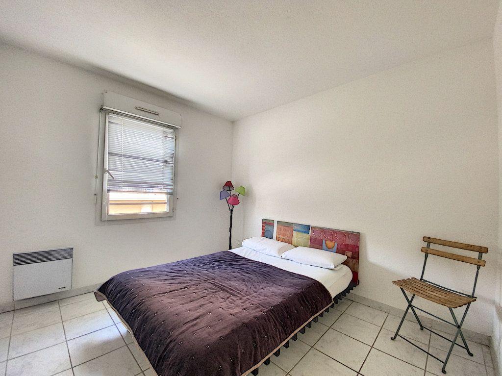 Appartement à louer 3 61m2 à Venelles vignette-5