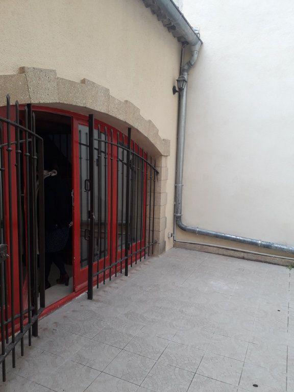 Appartement à louer 3 69m2 à Lambesc vignette-2