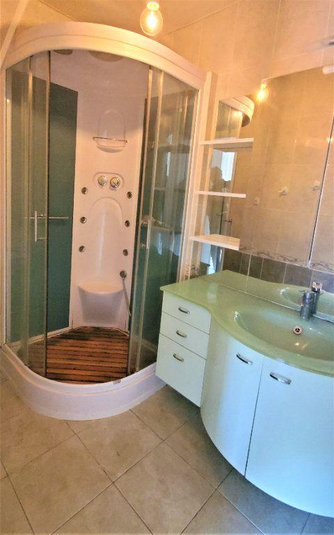 Appartement à louer 3 74m2 à Les Pennes-Mirabeau vignette-4