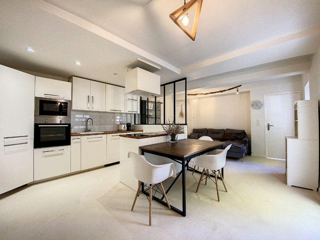 Maison à vendre 4 90m2 à Pertuis vignette-3