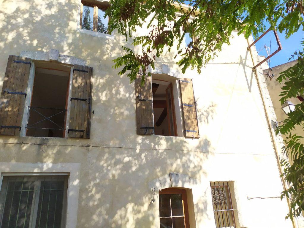 Maison à louer 3 57.03m2 à Mallemort vignette-1