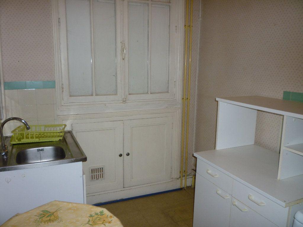 Appartement à louer 3 66.7m2 à Tours vignette-4