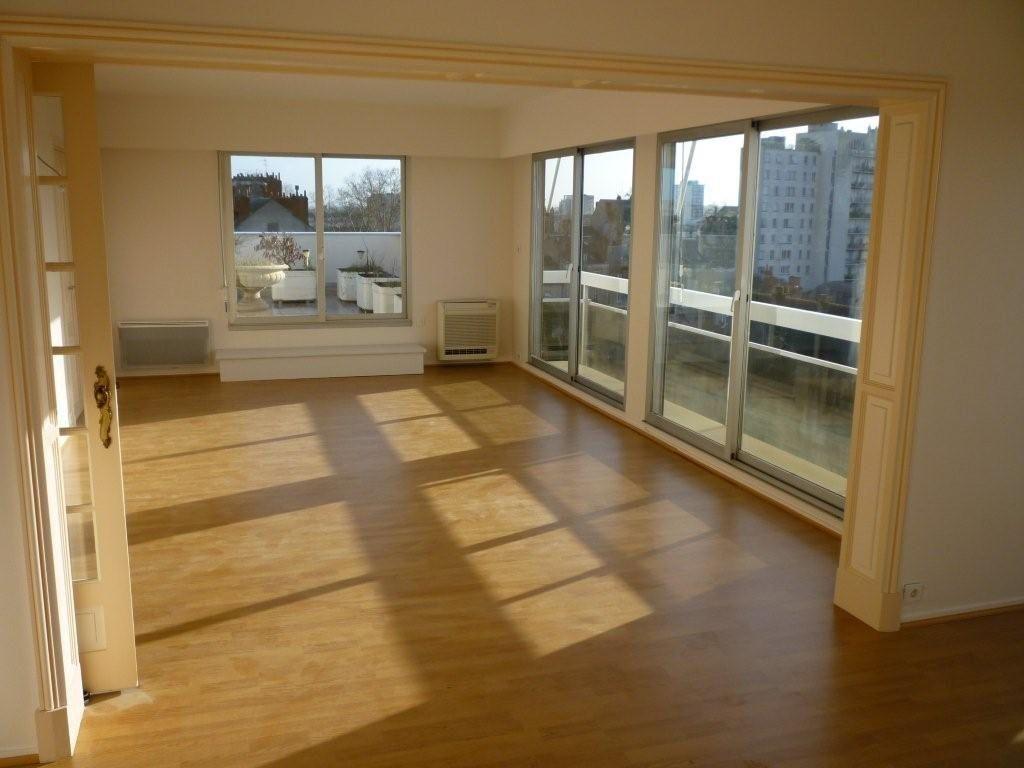 Appartement à vendre 4 101m2 à Tours vignette-1