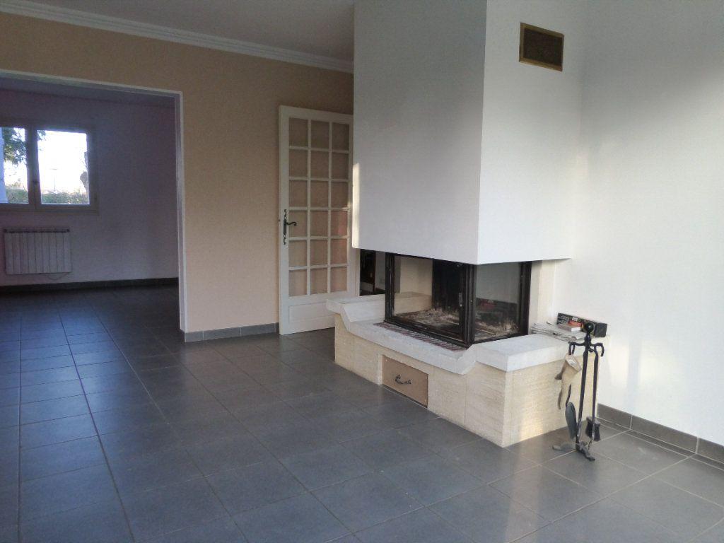 Maison à vendre 6 130m2 à Saint-Germain-du-Corbéis vignette-4