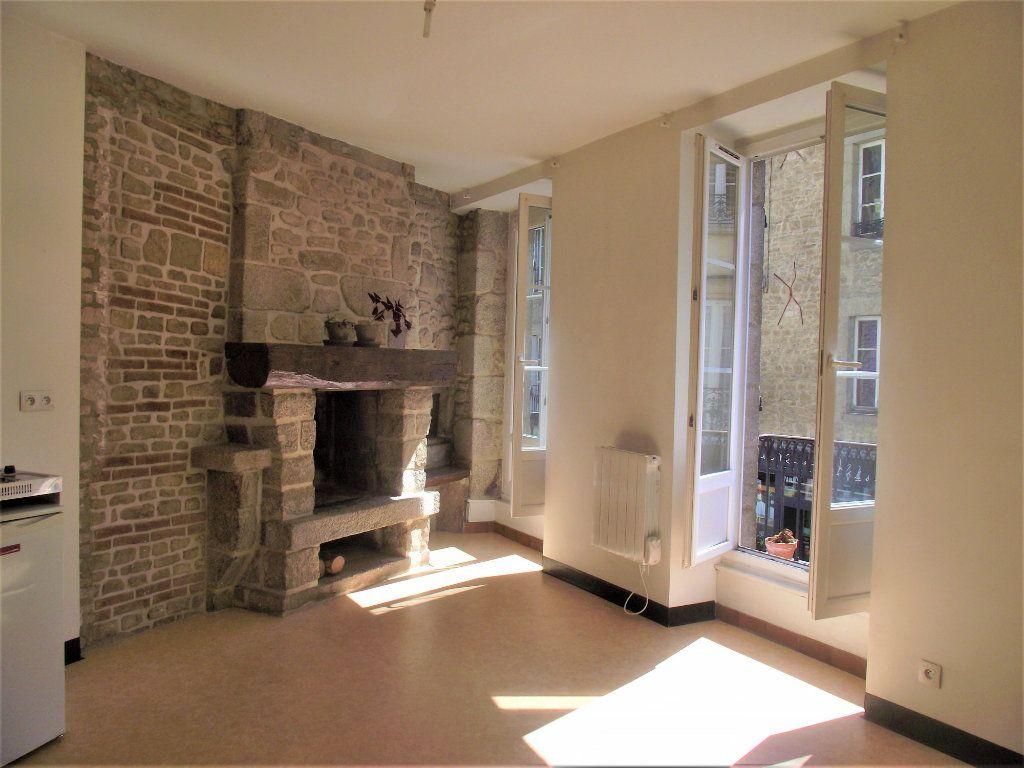 Appartement à louer 2 33.12m2 à Alençon vignette-1