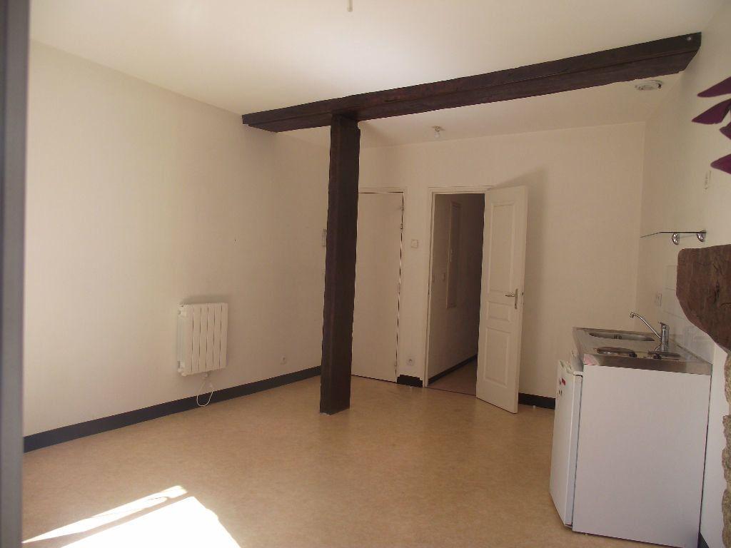 Appartement à louer 2 33.12m2 à Alençon vignette-2