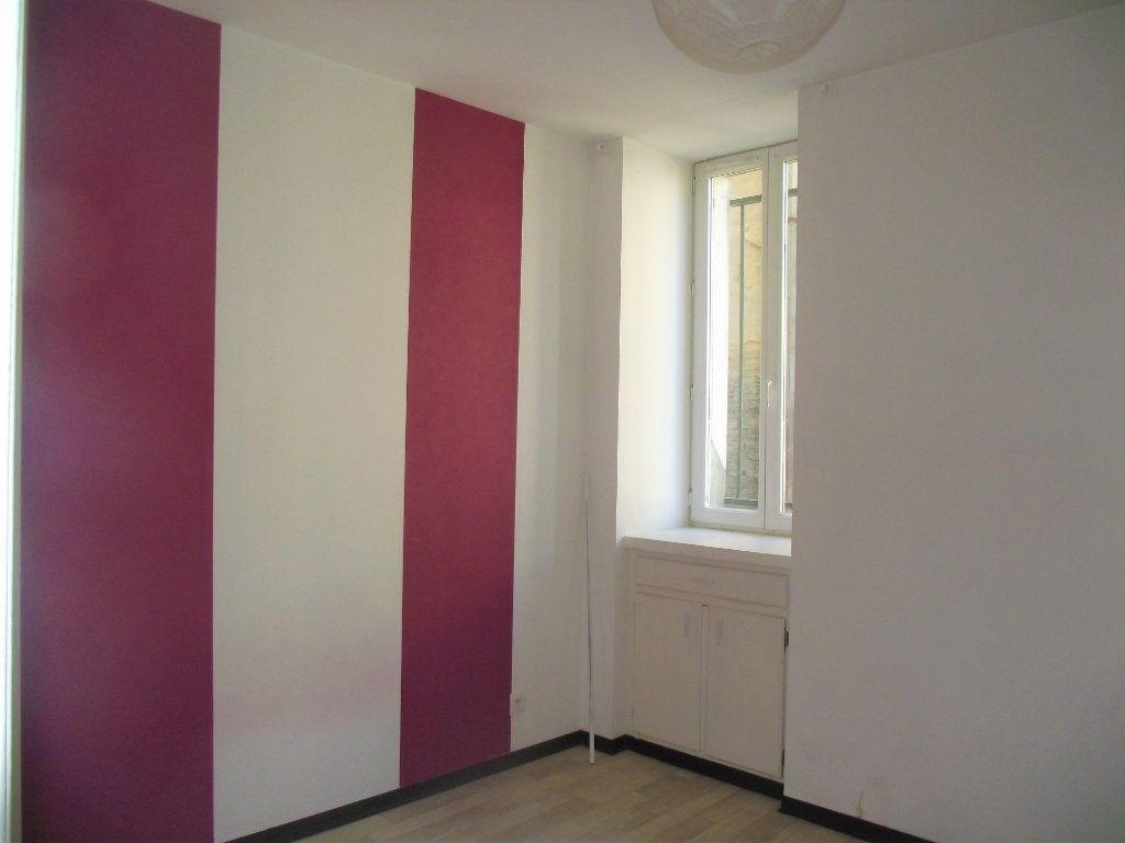 Appartement à louer 2 33.12m2 à Alençon vignette-3