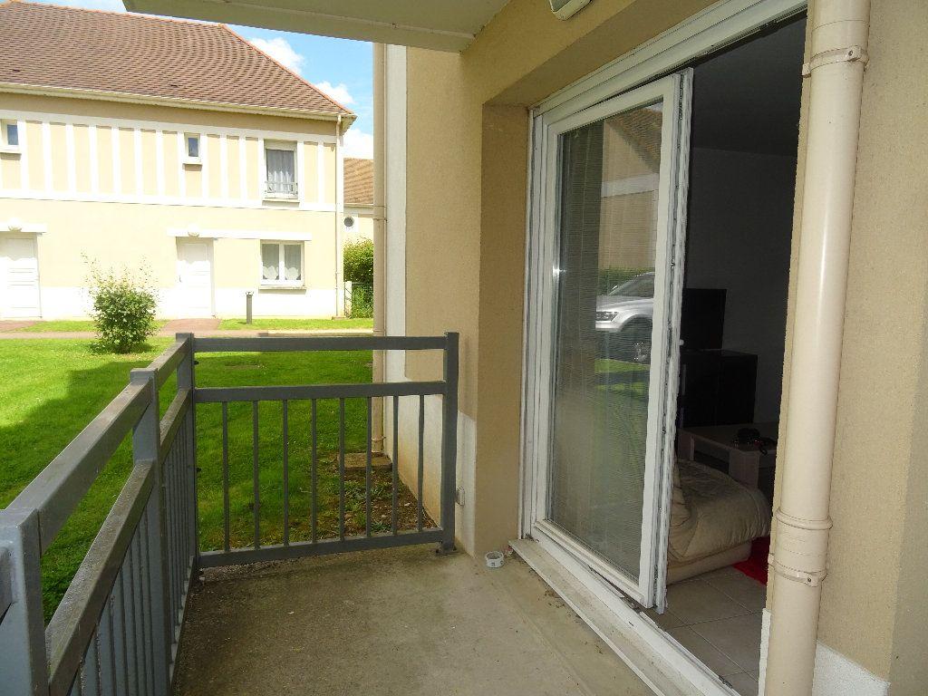 Appartement à louer 2 35m2 à Alençon vignette-1