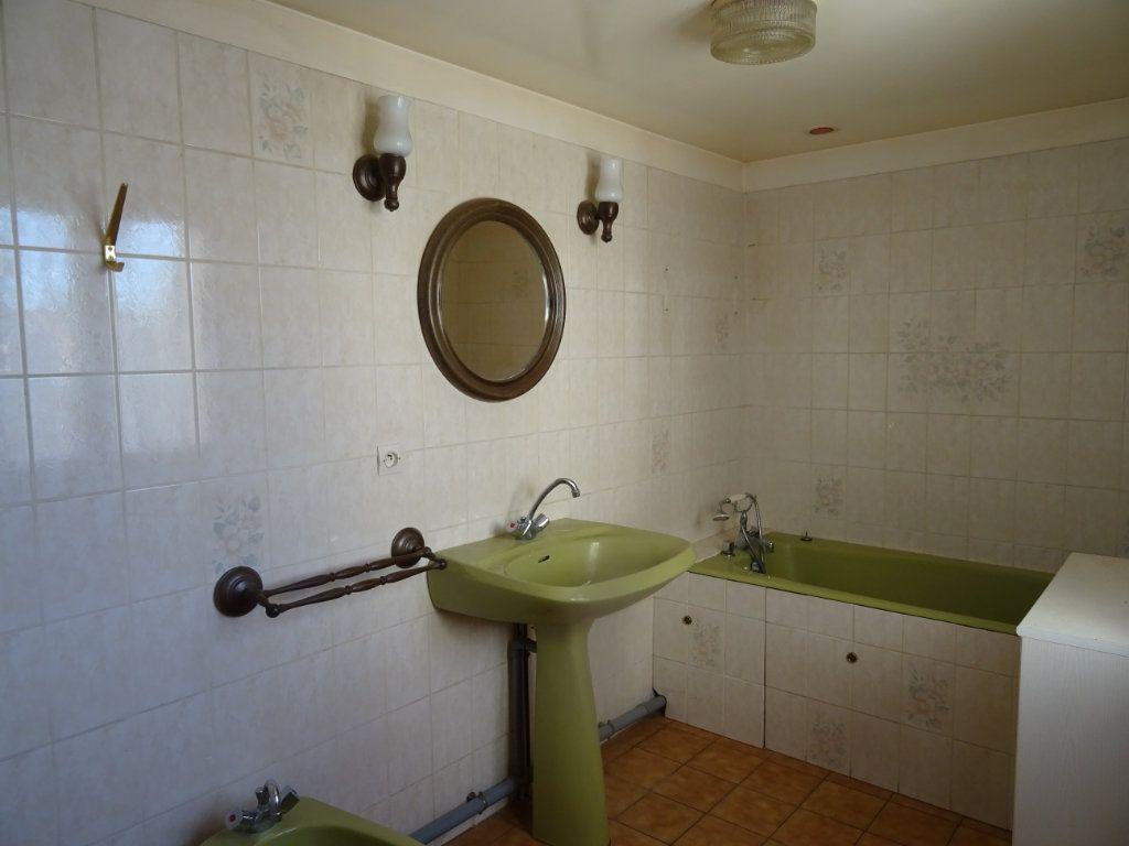 Maison à vendre 5 95m2 à Arçonnay vignette-6