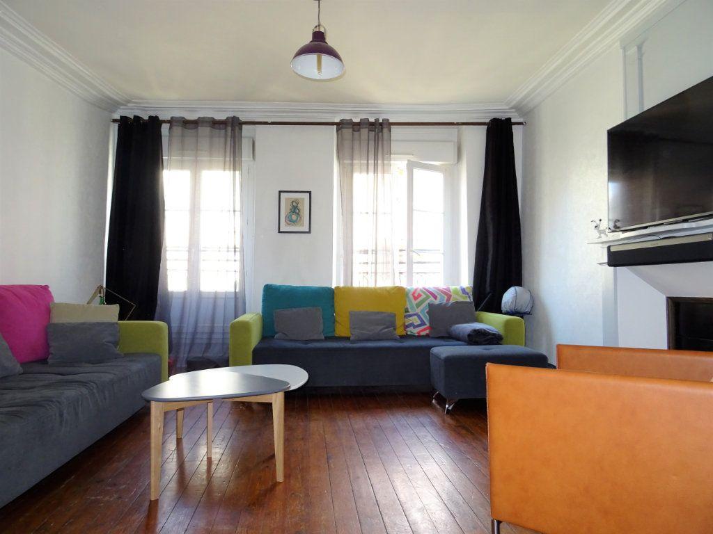 Appartement à louer 2 67.51m2 à Alençon vignette-2