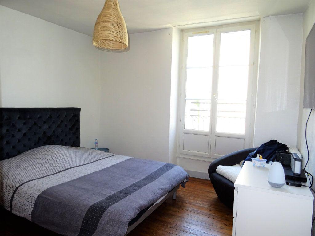 Appartement à louer 2 67.51m2 à Alençon vignette-5