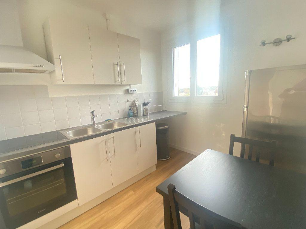 Appartement à louer 2 47.87m2 à Alençon vignette-4