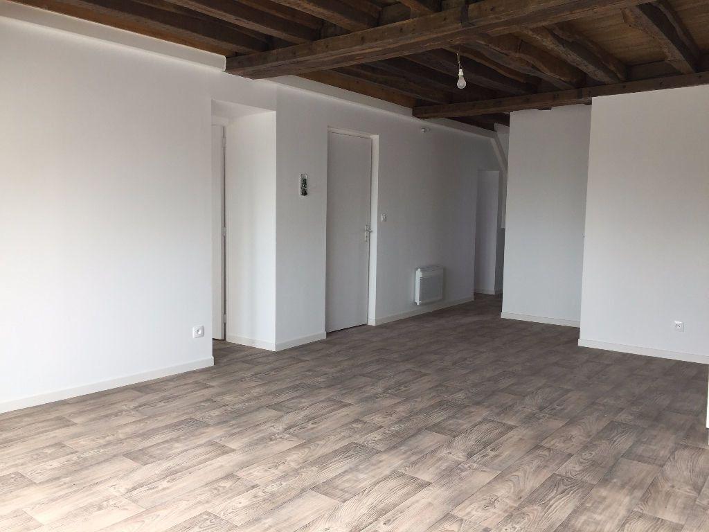 Appartement à louer 3 66m2 à Nogent-le-Rotrou vignette-2