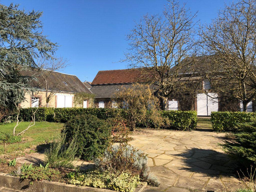 Maison à vendre 9 235m2 à Condé-sur-Huisne vignette-2