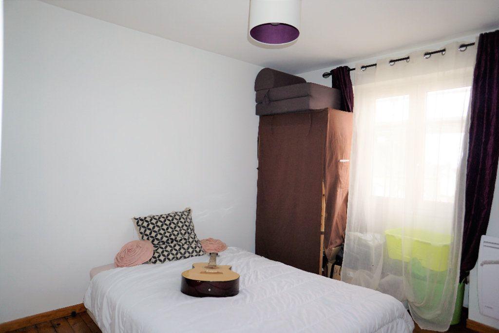 Appartement à louer 3 54m2 à Alençon vignette-5