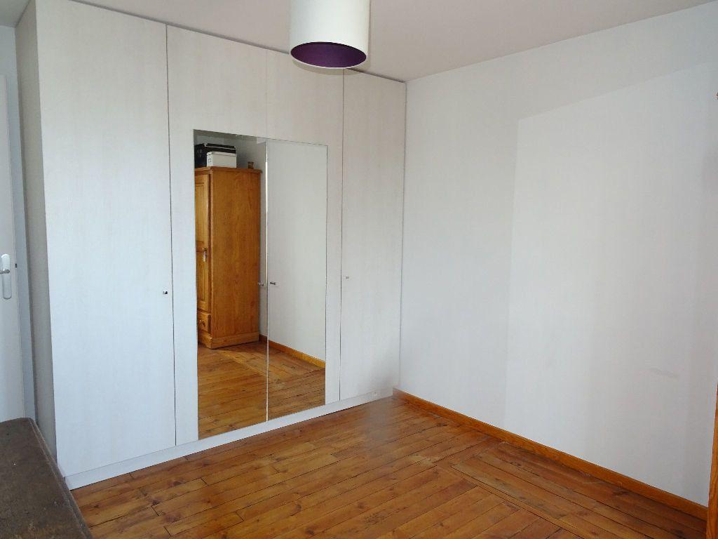 Appartement à louer 3 54m2 à Alençon vignette-6